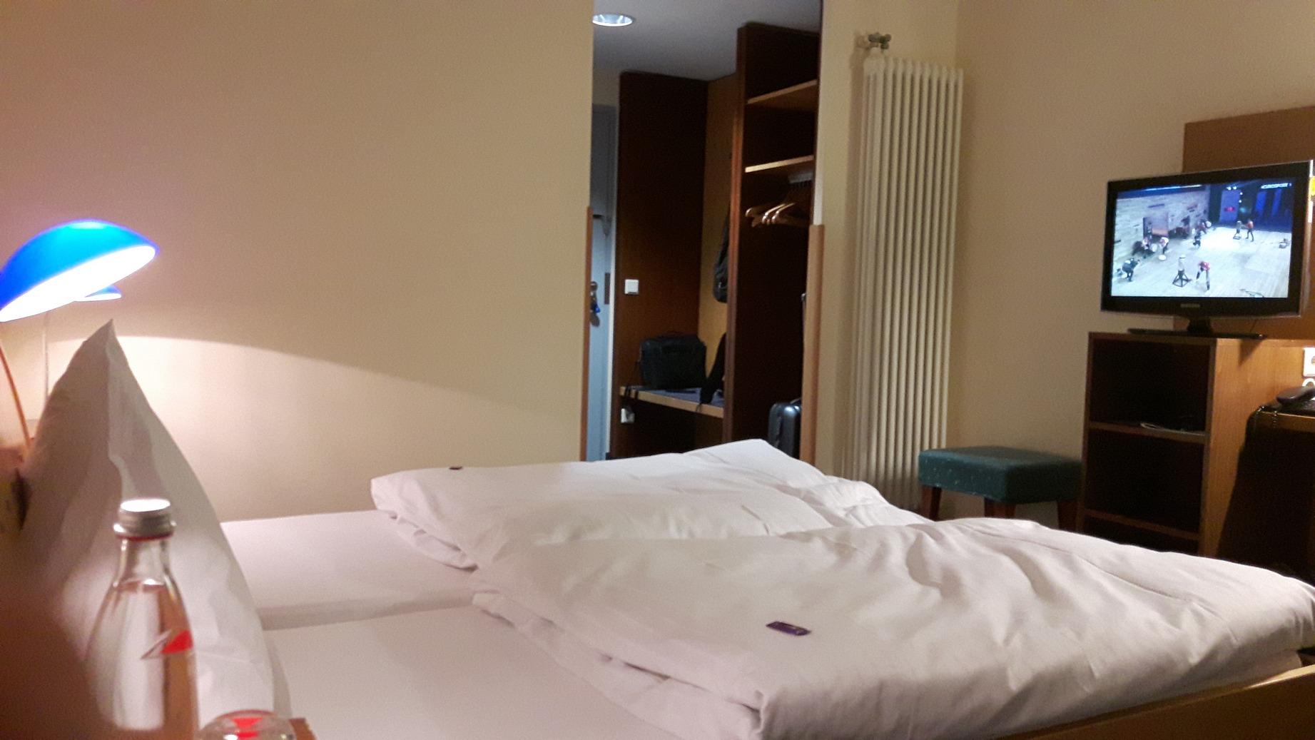motel axxe_10b