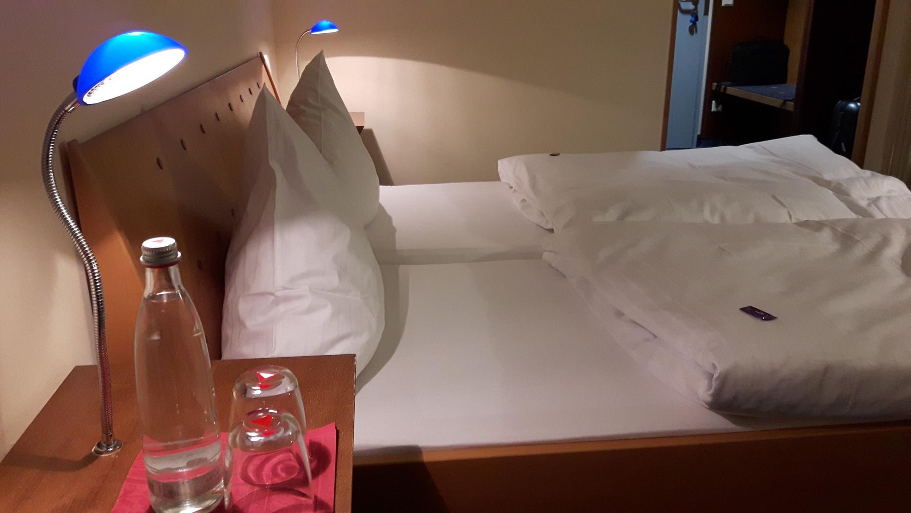 motel axxe_13b