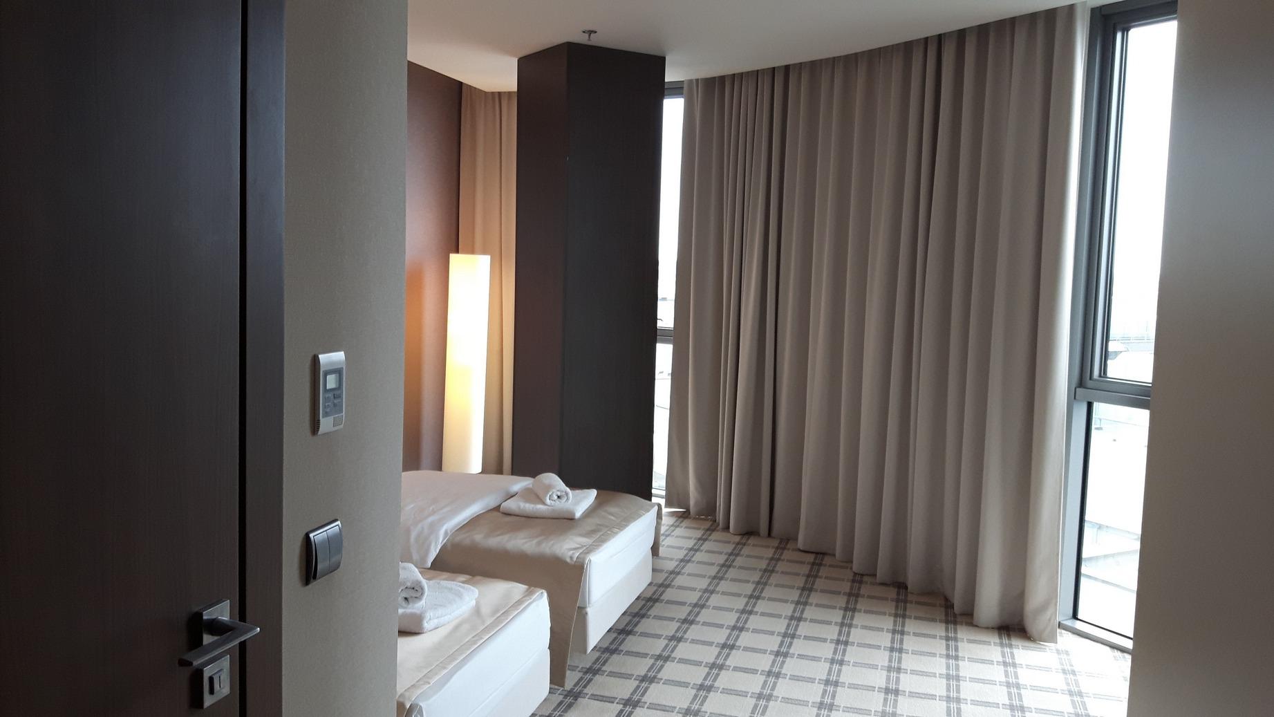 1_hotel rzeszów_s